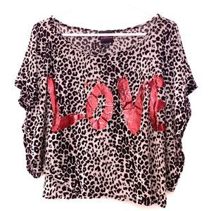 2b by bebe Leopard Print LOVE Lettered Crop Tunic